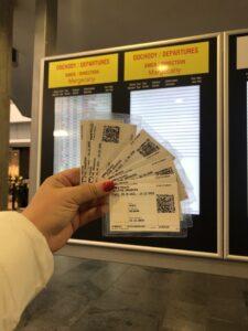Виготовлені проїзні документи які забезпечують нашим студентам безкоштовний проїзд на будь-якому потязі Словачини